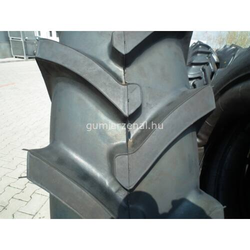 13.6R38 (340/85R38) JAF-318/6pr  128A6 TT Traktor, kombájn, mg. Gumi